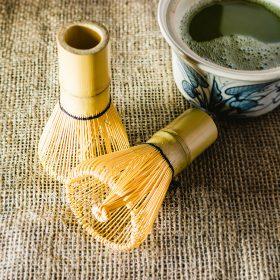 Batidor de bambú chasen
